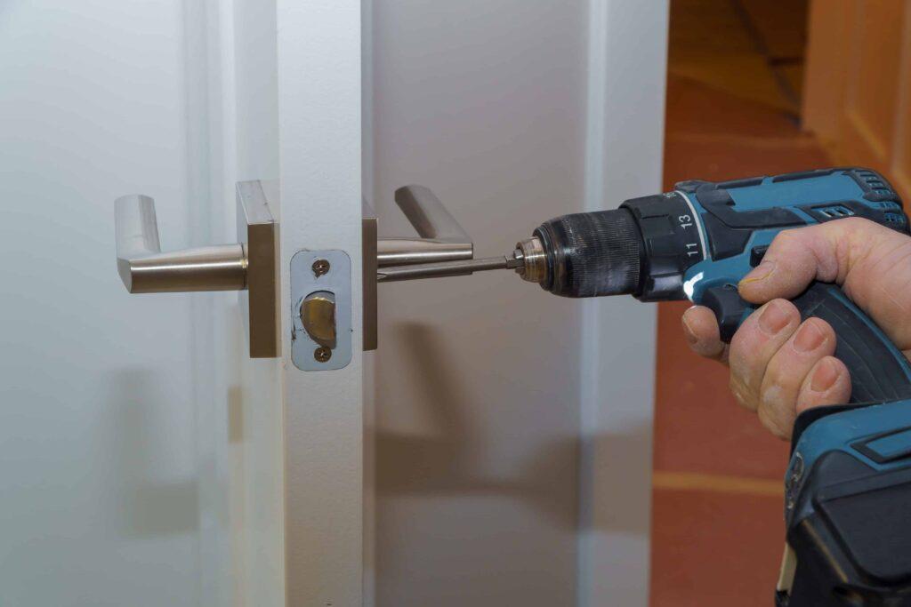 Riparazione serrature porte blindate Milano